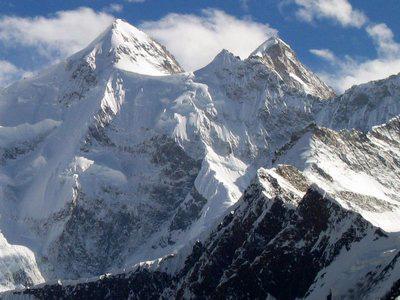 Высокая гора Чогори или К2