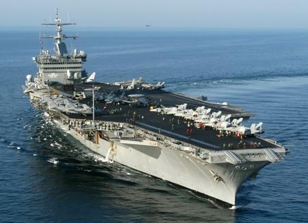 Авианосец USS Энтерпрайз (CVN-65)