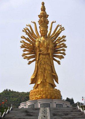Статуя богини Гуаньинь в Чанше