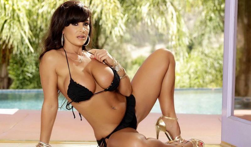 Лучшая порно актриса 2011